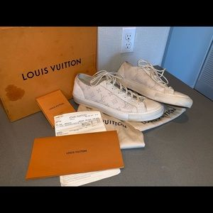 Authentic Louis Vuitton men's tattoo denim sneaker